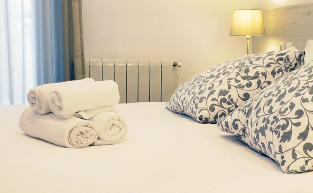 Double room with private bathroom - 1 or 2 beds - Old City House Rooms - San Sebastián